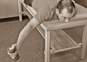 Exercice de la canette pleine en pronation